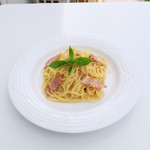 キーズ カフェ トムソーヤ - 信玄豚のベーコンがベストマッチ、カルボナーラ