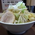 ラーメンどん - ラーメン¥650円+小ライス¥50円