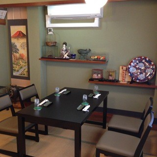 個室にテーブル席を導入しました