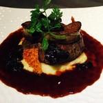 2ndCafe - 牛フィレ肉とフォアグラのロッシーニ風
