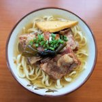 新山食堂 - 料理写真:新山ソーキそば