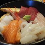 鈴蘭 - 海鮮丼(ランチタイム) 税込¥1000
