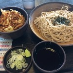 ゆで太郎 - 秋栗とあさりのかき揚げ丼とせいろ