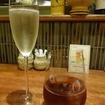 41901706 - シャンパンと烏龍茶