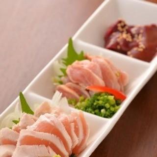 人気NO.1★新鮮な鶏刺身盛(レバータタキ、ササミ刺、もも)