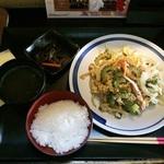 なんちち食堂 - ゴーヤチャンプルー定食950円