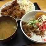 タコシュー - コロから丼(¥200)・唐揚げ(6個)(¥240)