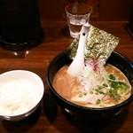 麺屋 吉佐 - ランチにはご飯がつきます