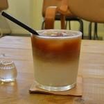 ハナミコ - アイスカフェオレ