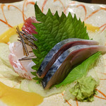 和食家 金魚 - 鯖、鯛、ヤイト鰹