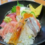41934423 - まぐろ海鮮丼(丼アップ)