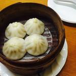 中国料理 食楽 - ショウロンポー(4個)¥400
