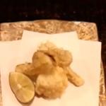 41936025 - はも と 松茸の天ぷら