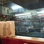 ミッドナイトヌードル ジャカルタラーメン  - オープンキッチン