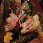 41941560 - 刺し盛り三人前  手間は本ワサビと鮫皮おろし