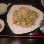 41945400 - レタスと玉子炒飯(700円)