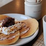コマチンカフェ - 本日のパンケーキセット、あずきホイップ。