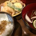 居酒屋鮮道 こんび - じゃこ飯、吸い物、天ぷら付き