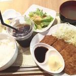 オリエンタルバル Vege - ミルフィーユとんかつ定食1000円