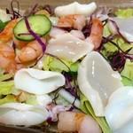 41951825 - 魚貝のきまぐれサラダ、テイクアウトで。。。