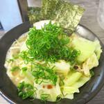 博多無邪気 - 基本のラーメンは630円。 私は今回830円の野菜ラーメンにしました。