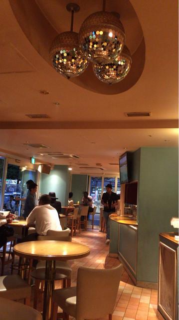 SCRAMBLE Cafe & Bar - Shibuya/Cafe [Tabelog]