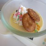 竜宮 - 料理写真:手作りプリン¥108