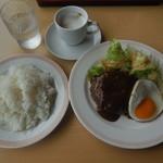 ジョイフル - 料理写真:モーニングハンバーグプレート¥422-
