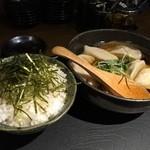 41962413 - スープ餃子と海苔ご飯