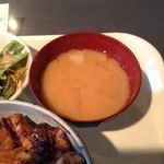 鳥一代 - きじ焼き鳥丼(並) 750円