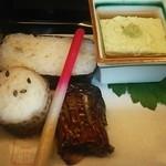 日本料理 戸たに - 穴子箱寿司 絹かつぎ 枝豆豆腐 秋刀魚柚庵焼