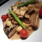 喫茶&レストバー トヤマ - サワラ、ポテト、キノコのバルサミコ酢スース