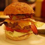 キャッスルロック - 5月のバーガー「ライ麦パンのABC'S」
