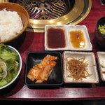 4197587 - 炭焼定食