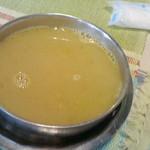 ネパール家庭料理 麦 - ダル 300円♪ 金曜・土曜限定であり。