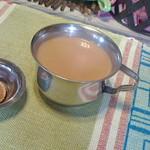 ネパール家庭料理 麦 - ランチセットのチャイ♪
