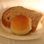 Ristorante YAMANOE - 自家製のパン