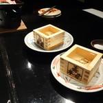 41984387 - 日本酒は、地元の三蔵元が三種類ずつで、辛いのから甘いのまで上手にそろえてある