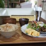 マウナラニカフェ - 料理写真:ごはんのモーニング650円をいただきました