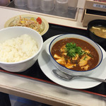 松屋 船橋ビビットスクエア店 - 四川風麻婆豆腐定食(^∇^)