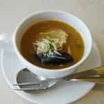 フレンチレストラン カザマ - 本日のスープ。(ブイヤベース風)