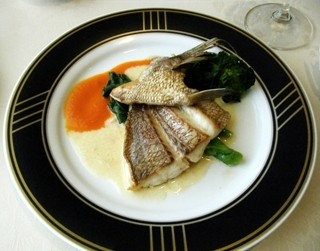 フレンチレストラン カザマ - 真鯛のポワレ