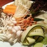 41990167 - (ランチスタンダードベジタブル)野菜しゃぶしゃぶ