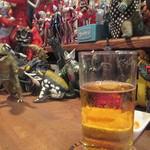 ぽんでぃしぇり - ビールとフィギュア、いい
