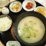 韓国家庭料理 ヘチョン - (ランチ)ソルロンタンセット