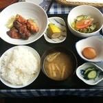 星野屋 - 2つの味の唐揚¥720
