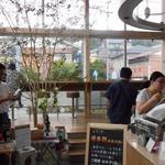 ベッカライ 徳多朗 - 店内イートインスペース