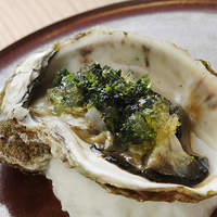 ながずみ - 北海道昆布森産の岩ガキ 海藻とライムのジュレがけ