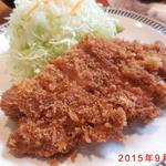 チャールスとん - 料理写真:厚切りロースかつ定食(ランチ) アップ写真