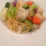 42002181 - お野菜とエビのパスタ